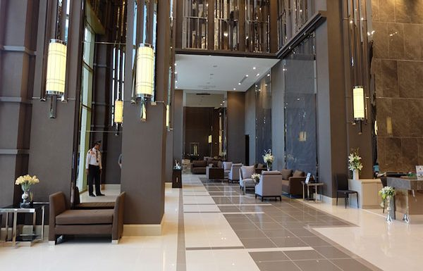 Q-Asoke-Bangkok-condo-for-sale-lobby3