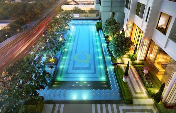 Q-Asoke-Bangkok-condo-for-sale-swimming-pool3